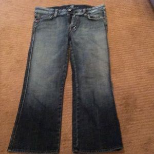 Straight leg Capri Jeans